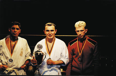 VictoryWorldChampionship_KarateSwitzerla_2002